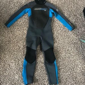O'Neil reactor wetsuit